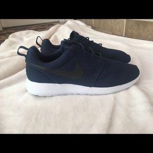 Men's Nike Roshe 12